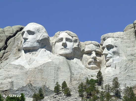 %e5%9c%962-by-skeeze-mount-rushmore-902483_1280